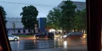 Стрельба, визг шин, искры: фото и видео погони на севере Петербурга показали петербуржцы