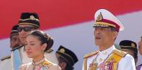 Короля Таиланда обстреляли в Германии