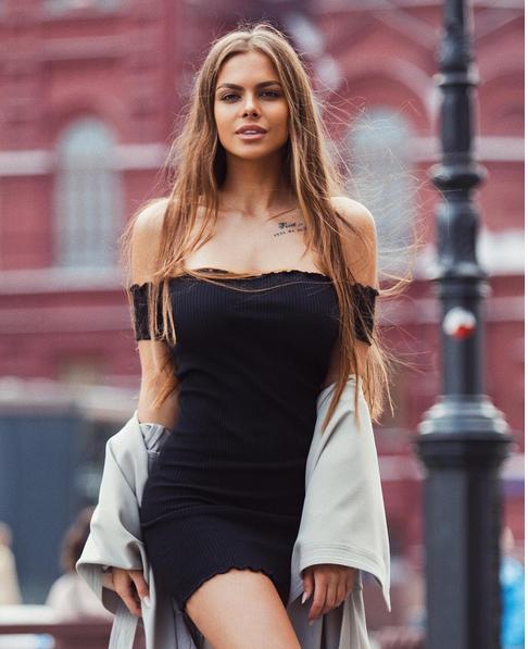 Виктория Одинцова - фотоархив. Фото Все - скриншот Instagram