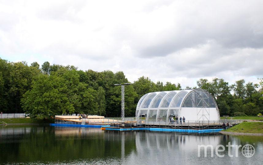 """На ВДНХ открывается концертная площадка на воде. Фото Василий Кузьмичёнок, """"Metro"""""""