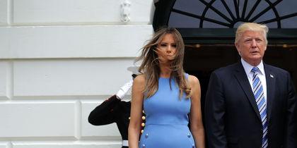 Меланья Трамп заставила жительницу Техаса уменьшить большую грудь