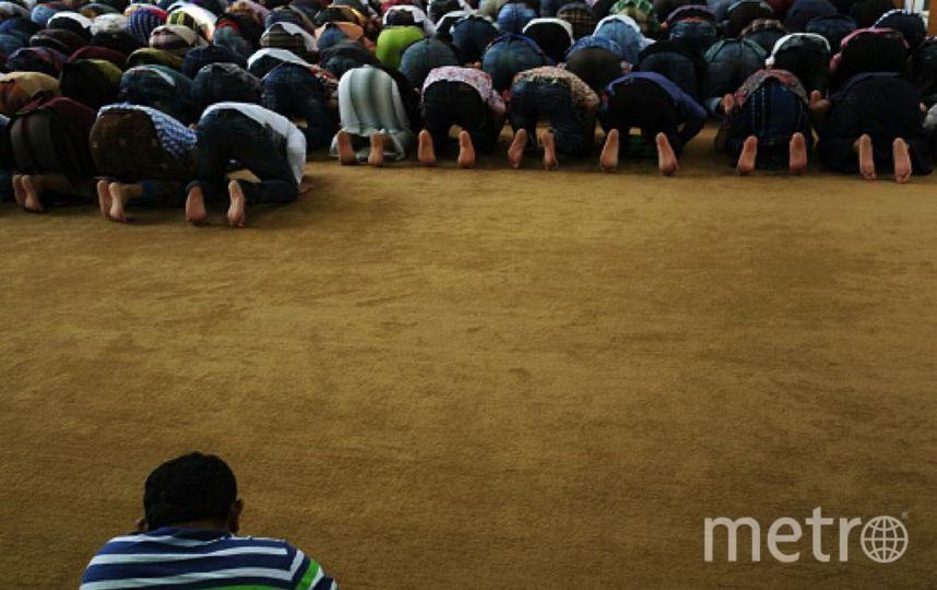 В Петербурге молитва в честь Ураза-байрам собрала 160 тысяч человек. Фото Getty