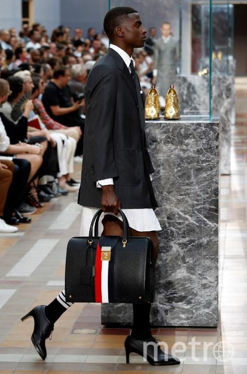 Показ Тома Брауна на Неделе моды в Париже. Фото AFP