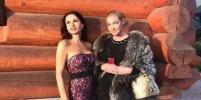 Эвелина Блёданс подписала фото с  Волочковой: Мы с лошадью