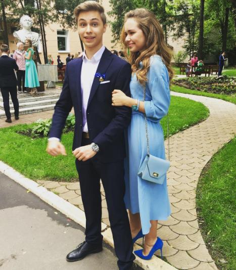 Стефания Маликова с братом. Фото Instagram Стефании Маликовой.