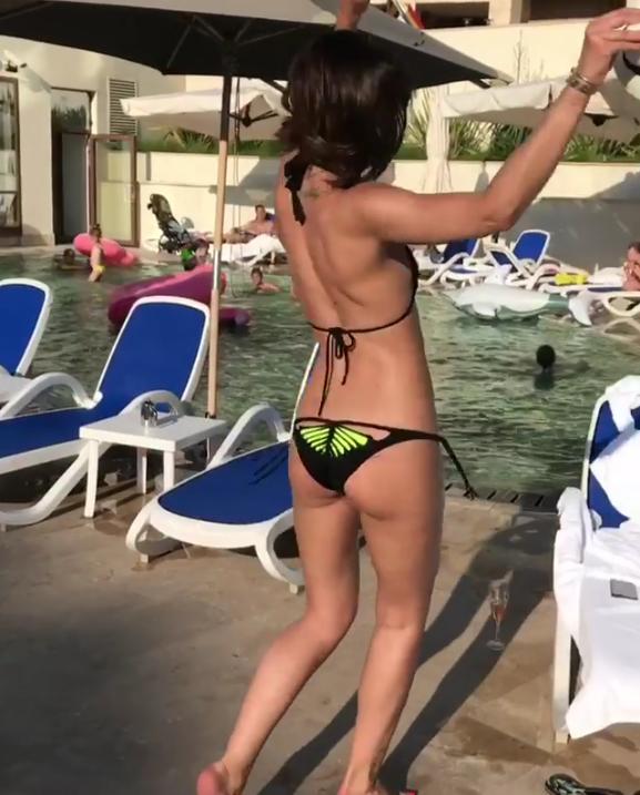 Досочка на досочку!: Бузовой посоветовали увеличить грудь. Фото Скриншот/Instagram: buzova86
