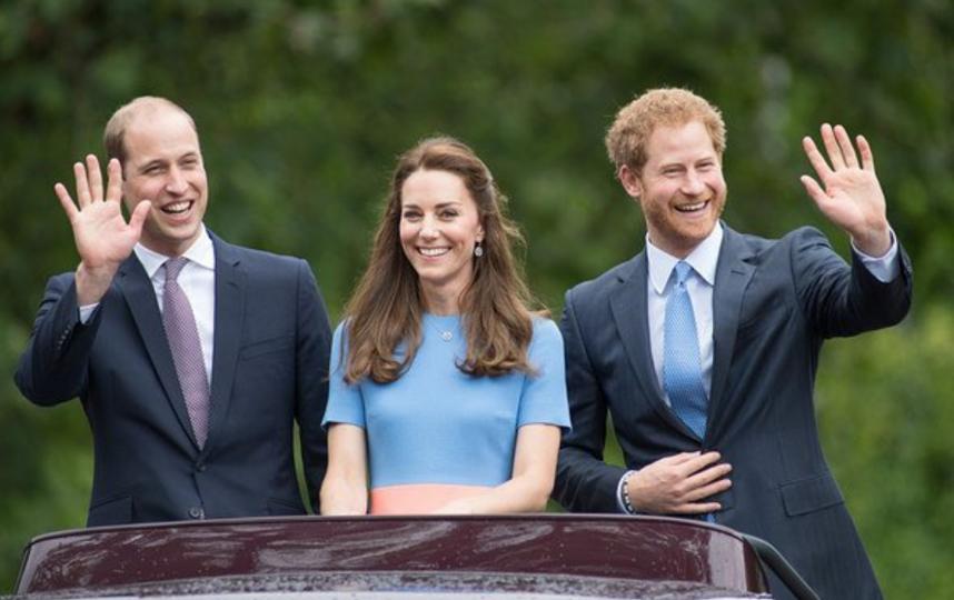 Принц Гарри, принц Уильям, Кейт Миддлтон - фотоархив.