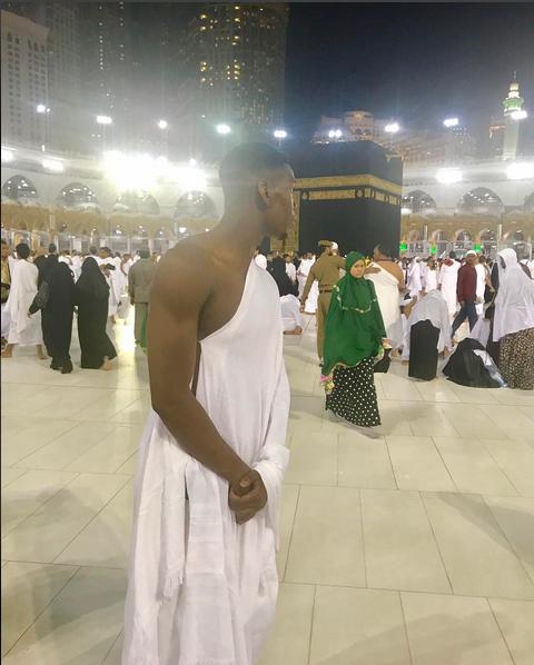 Погба совершил паломничество в Мекку. Фото instagram