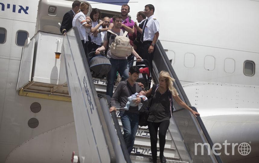 Путешествия с грудниками уже стали трендом. Фото Getty