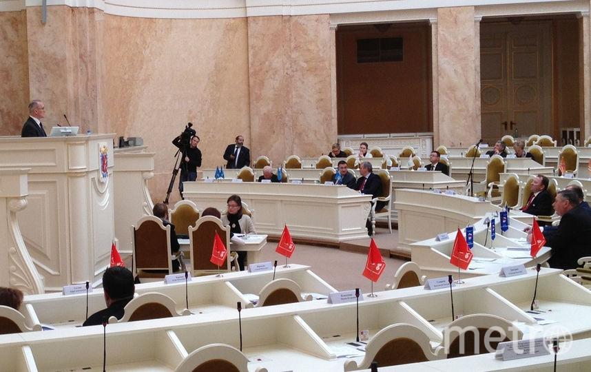 последнее заседание ЗакСа в этом парламентском году. Фото Getty
