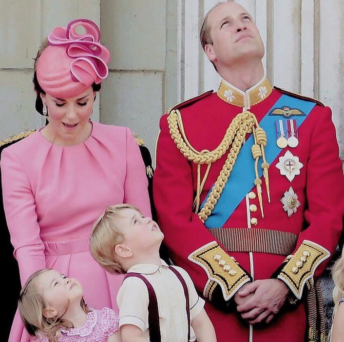 Королевская семья - фотоархив.