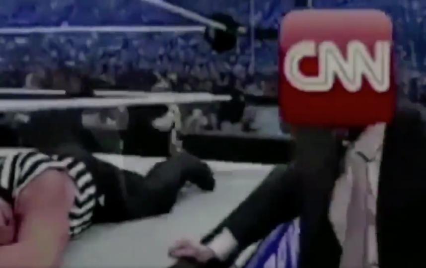 "Трамп ""избивает"" CNN. Фото Twitter @realDonaldTrump"