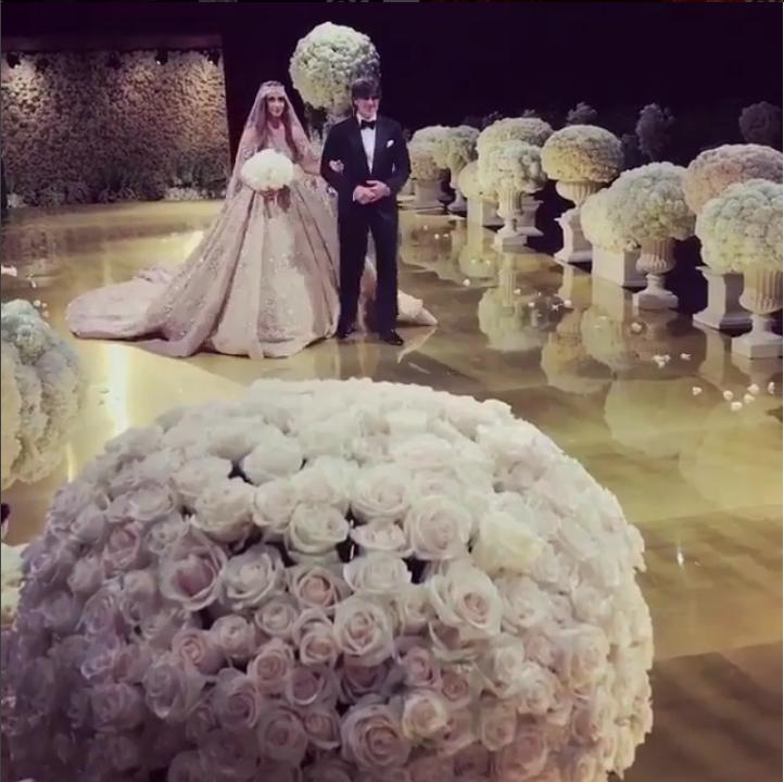 На свадьбе года пела Леди Гага, танцевала Собчак и шутил Басков. Фото Скриншот Instagram