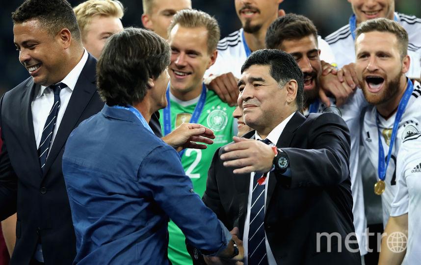 Марадона смотрел футбол на стадионе в Петербурге. Фото Getty