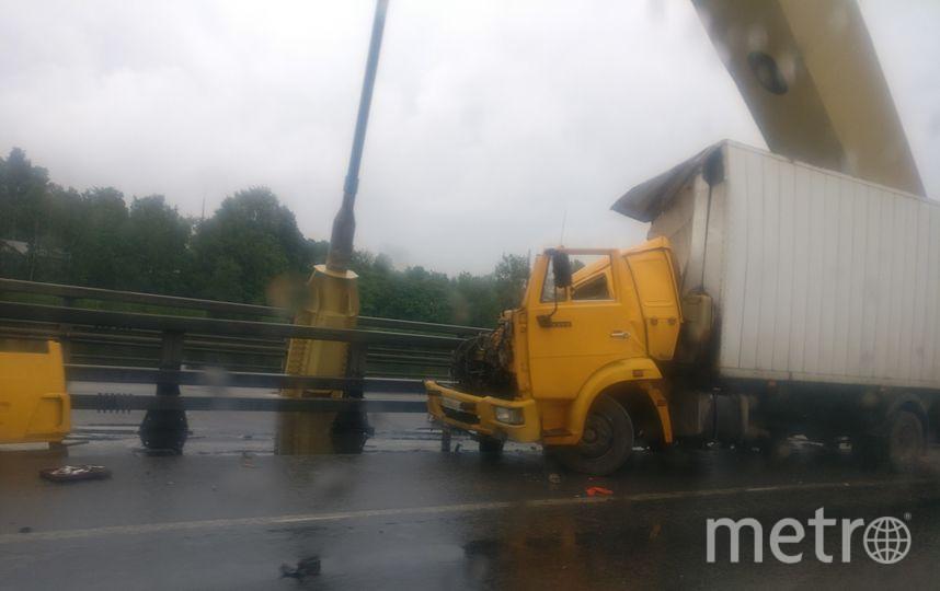 Пробка на внешнем кольце растянулась на несколько километров в час пик. Фото vk.com