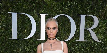 Звёзды в Париже на выставке Dior. Кара Делевинь. Фото Getty