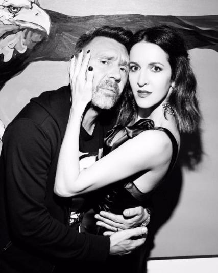 Сергей Шнуров с третьей женой Матильдой. Фото Instagram Сергея Шнурова.