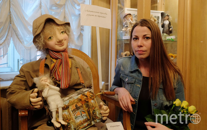 ВПетербурге открылась выставка кукол погибшей при теракте художницы