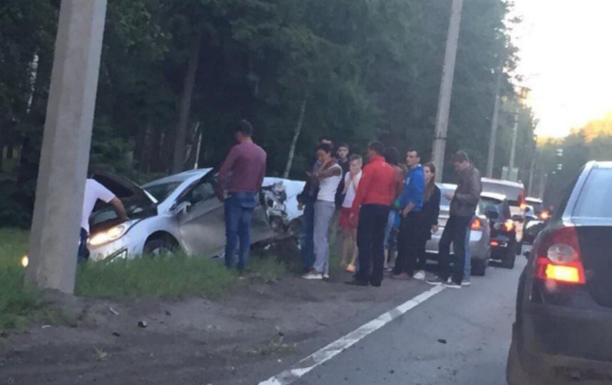 В страшном ДТП в Петербурге автоледи потеряла ребёнка.