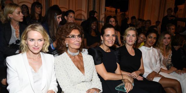 Cофи Лорен и Кейт Уинслет на показе Giorgio Armani Prive.