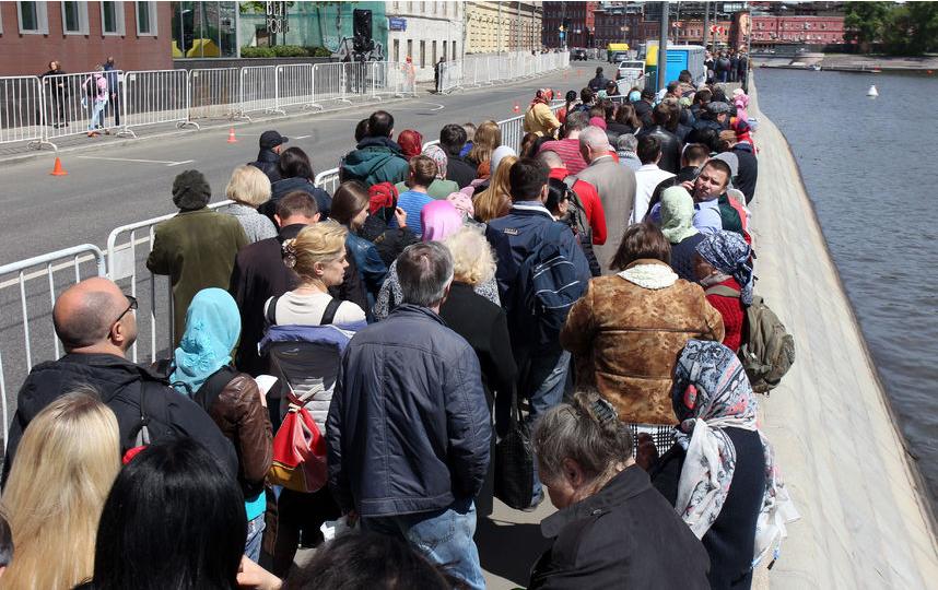 "Очередь в Москве. Фото ""Metro"""