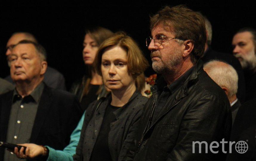 Проститься с Кармалитой приехал актер Леонид Ярмольник. Фото Михаил Садчиков-младший