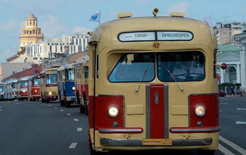 В Москве проходит день транспорта.