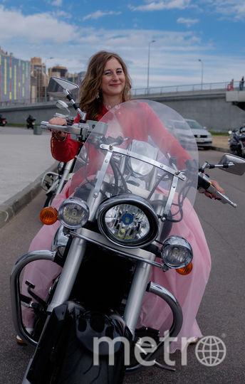 Софья Лазарева, участница мотопробега невест.