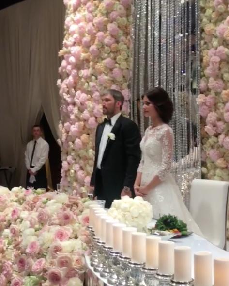Официально они поженились в августе. Фото instagram.com