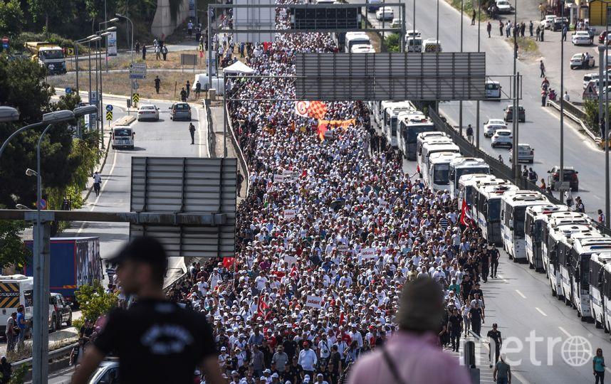 Марш оппозиции. Фото AFP