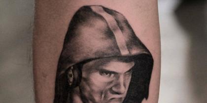 Легендарный пловец стал героем мемов во время Олимпиады в Рио. Болельщик Рики Фанг перенёс сердитого 23-кратного олимпийского чемпиона себе на ногу.