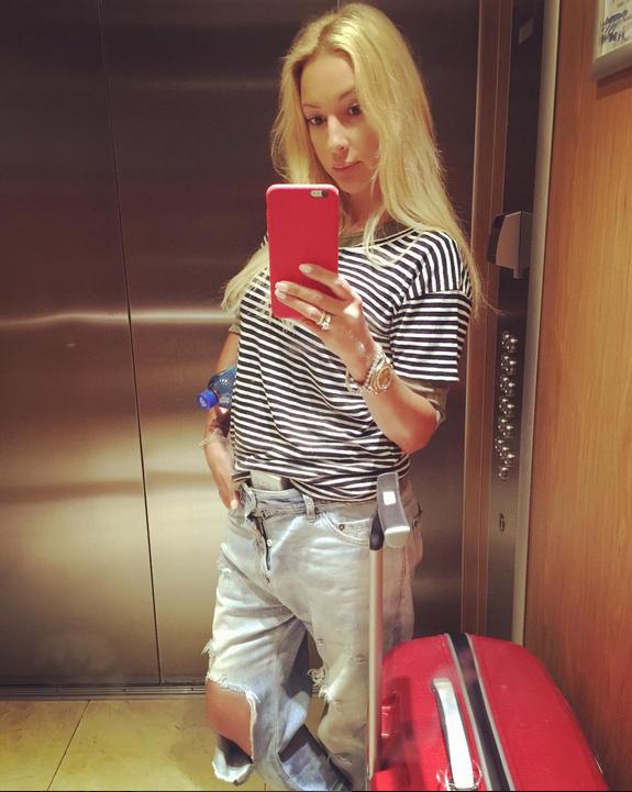 Голая Лера Кудрявцева поразила Instagram своими формами. Фото Скриншот Instagram/leratv