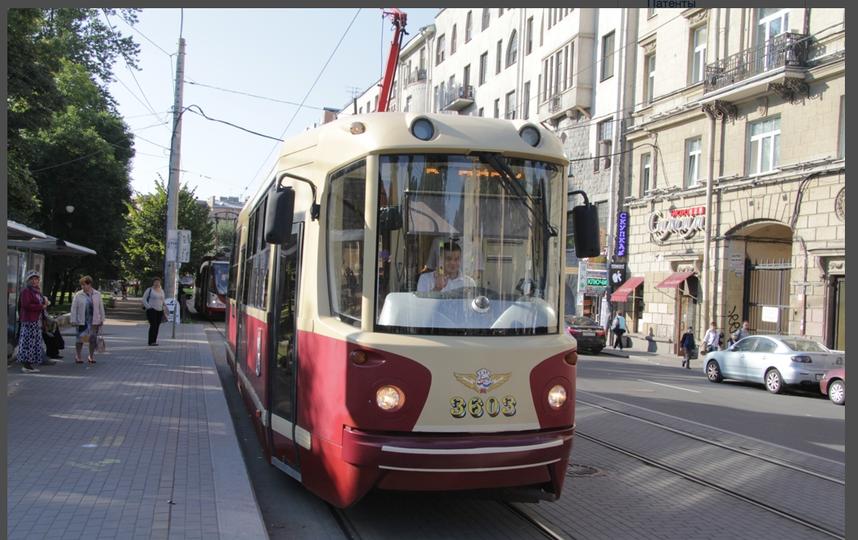 Необычный трамвай проедет только один раз.