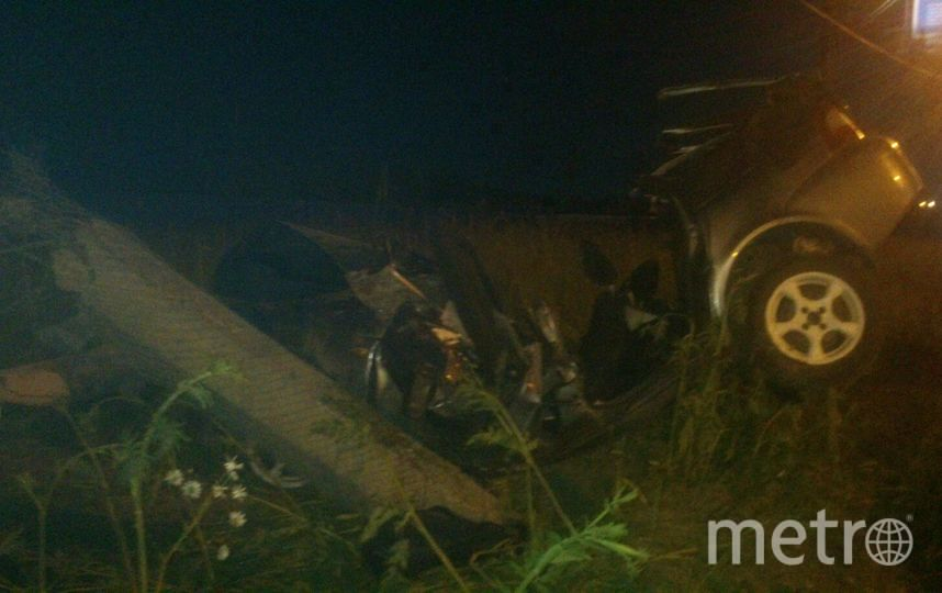 Фото очевидцев с места аварии на Энгельса. Фото vk.com