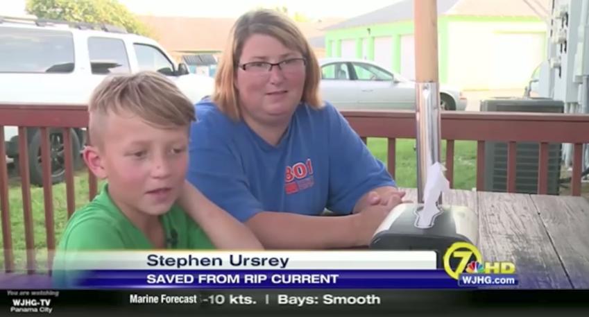 Роберта, которая первой бросилась спасать детей - один из них ее сын, другой - племянник. Фото Скриншот Youtube