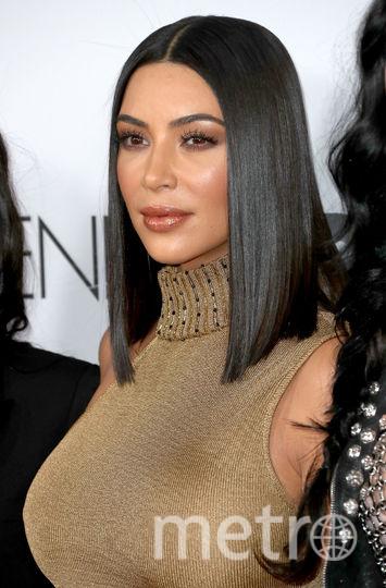 Ким Кардашьян оголила грудь на улицах Нью-Йорка. Фото Getty