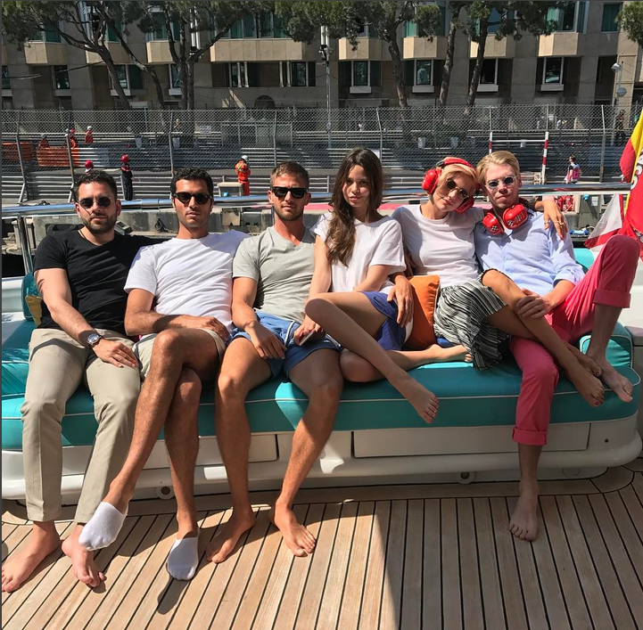 Алекс Смёрфит показал замену Боне. Фото Скриншот Instagram/alexandersmurfit