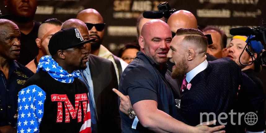 На двоих Мейвезер (слева) и Макгрегор (справа) заработают за бой более 200 млн долларов. Фото Getty