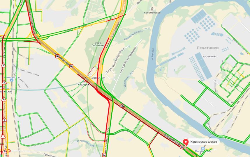 На Каширском шоссе опрокинулась бетономешалка. Фото yandex.ru/maps