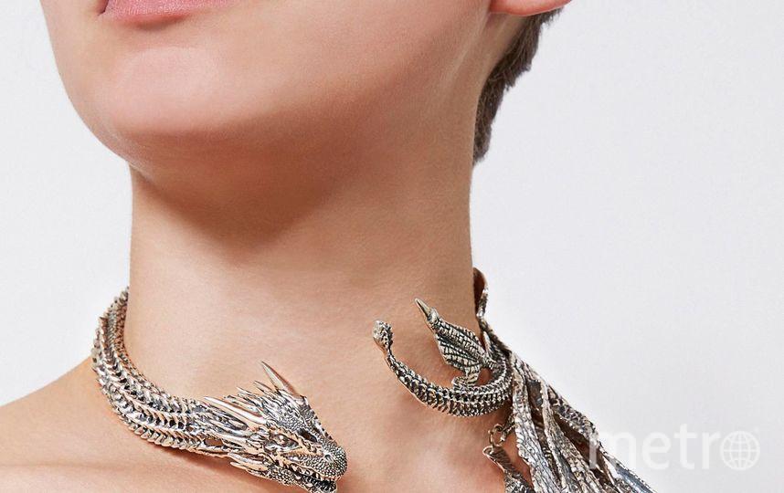 Ожерелье Дейенерис Таргариен. Фото HBO, официальные сайты брендов