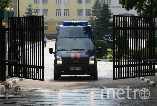 Машина Следственного комитета. Фото РИА Новости