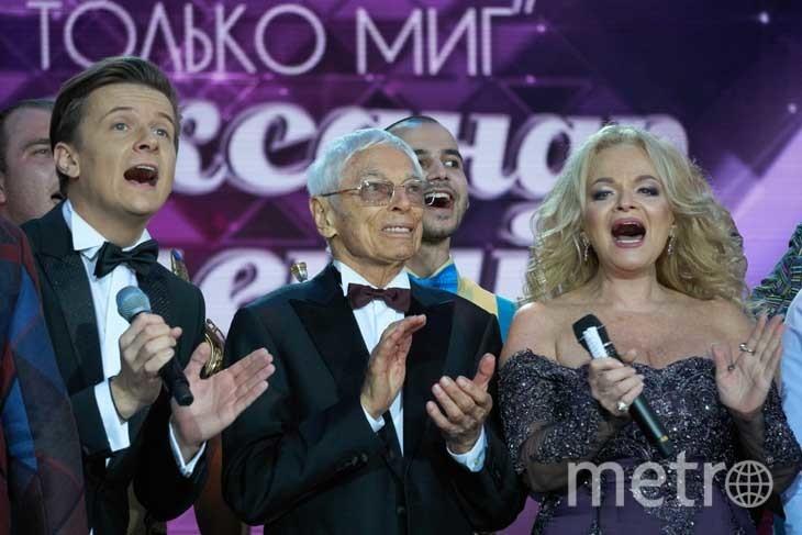 Александр Зацепин и артисты. Фото Дмитрий Коробейников.
