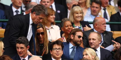 Актер Брэдли Купер на Уимблдонском турнире. Фото Getty