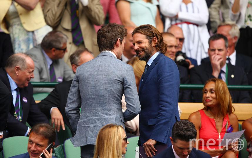 Актеры Брэдли Купер и Эдди Редмэйн на Уимблдонском турнире. Фото Getty
