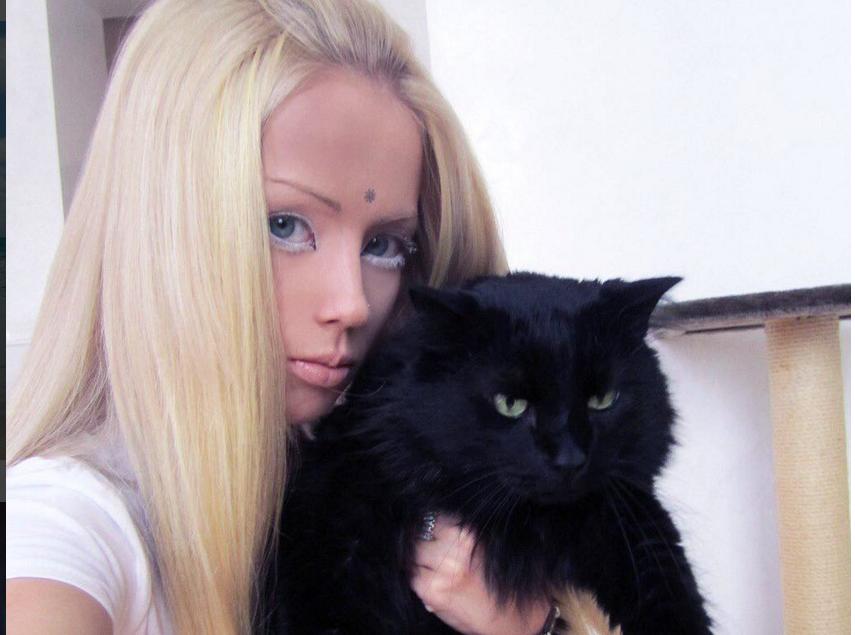 Фото: instagram.com/lukyanova.me.
