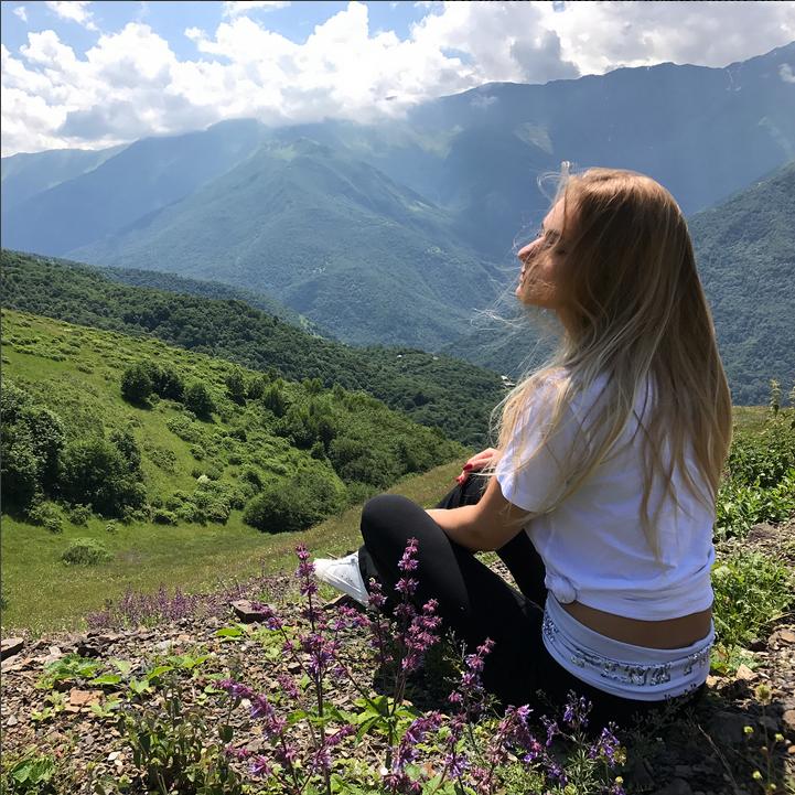 Дочь Дмитрия Пескова станцевала сРамзаном Кадыровым