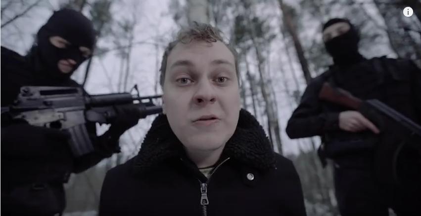 Полиция Петербурга проверяет сведения об избиении блогера Хованского. Фото Скриншот Youtube