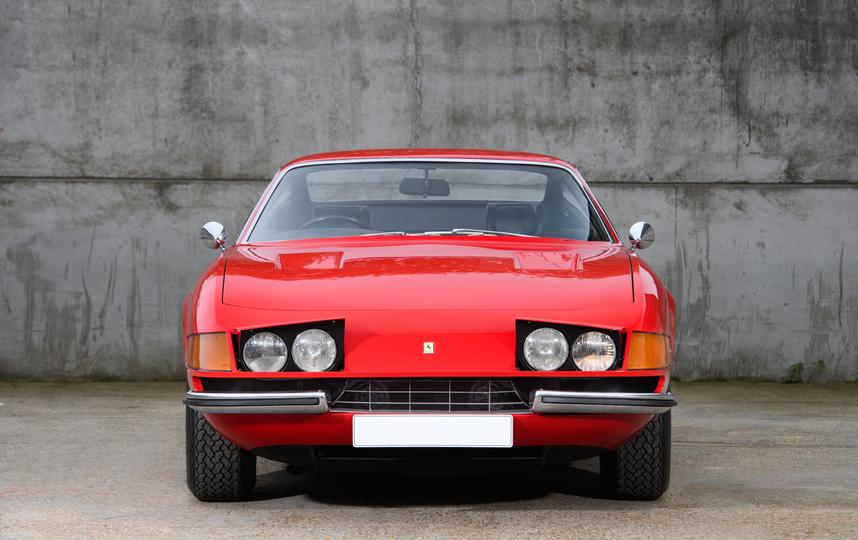 Красный Ferrari Элтона Джона выставили на аукцион. Фото www.silverstoneauctions.com