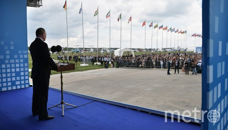 Владимир Путин на открытии МАКС-2017 в Жуковском. Фото AFP