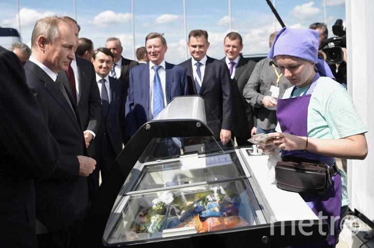 Владимир Путин завтра посетит МАКС